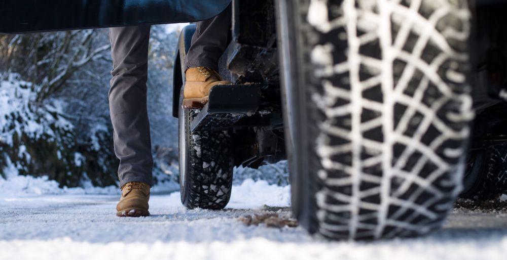 sfaturi pentru condus pe timp de iarna